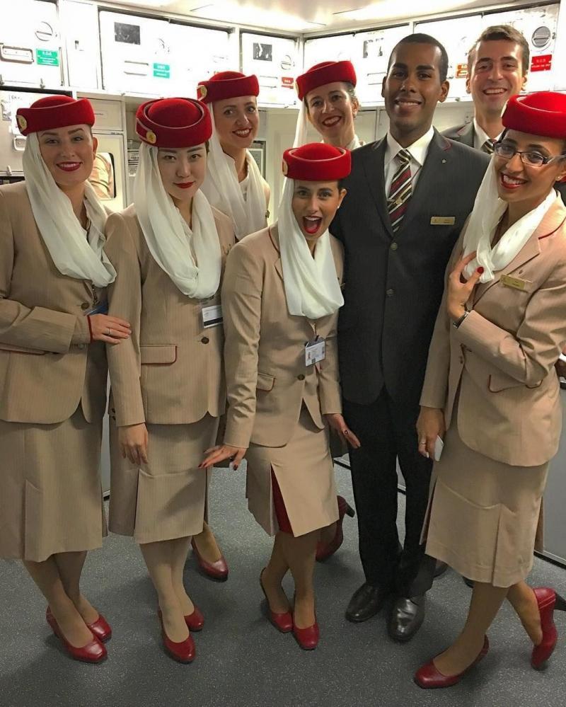 ٢٤ صورة لمضيفات طيران #الإمارات @emirates #بنات - صورة ٢١