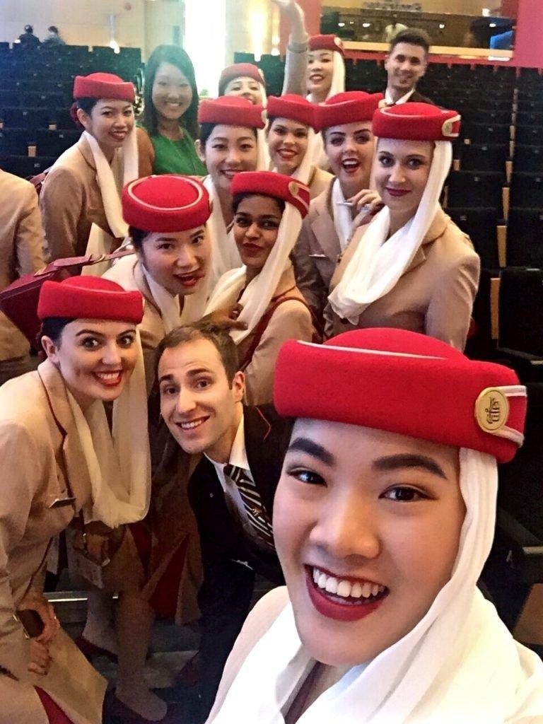 ٢٤ صورة لمضيفات طيران #الإمارات @emirates #بنات - صورة ١٣