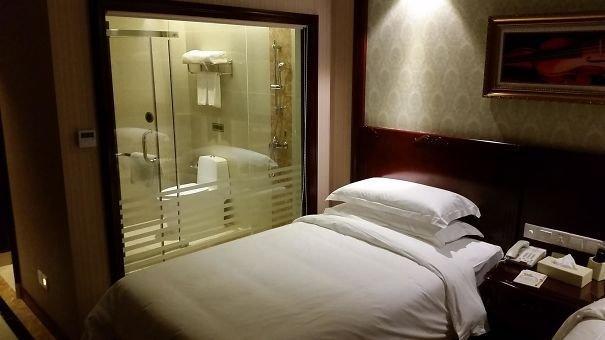 إبداعات الغباء في #الفنادق #مضحك #نهفات - صورة ١٧