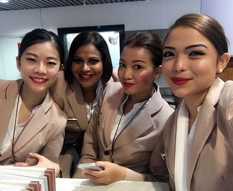 ٢٤ صورة لمضيفات طيران #الإمارات @emirates #بنات - صورة ٢٣
