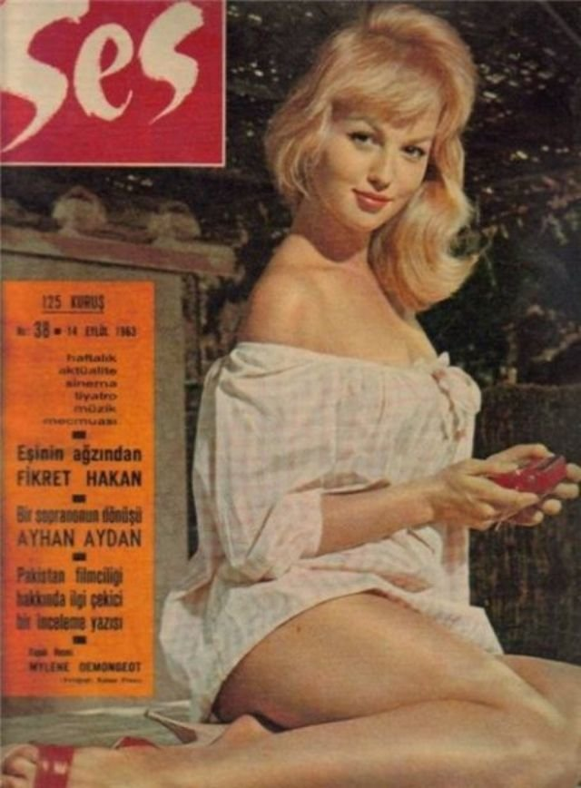 أكثر من 40 صورة غلاف لمجلة #Ses التركية المختصة بالجمال تعود للستينات  من القرن الماضي #بنات #تاريخ - Mylène Demongeot