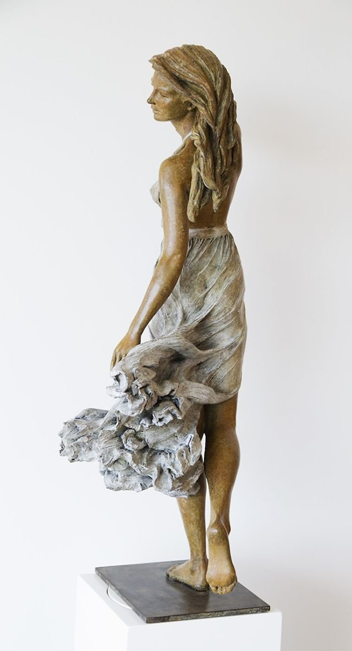 الفنانه #Luo_Li_Rong تصنع تماثيل تماثل الحقيقة لنساء #فن - صورة 14
