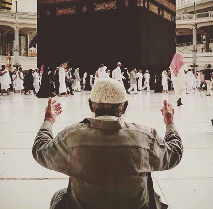 صورة لا تحتاج لكثير من التعليق #الحج #مكة_المكرمة #الكعبة_المشرفة
