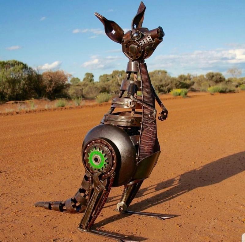 #تماثيل معدنية من مواد معاد تدويرها #فن - صورة ٥