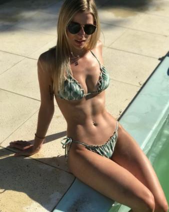 #بنات بملابس سباحة #بيكيني #Bikini - صورة 7