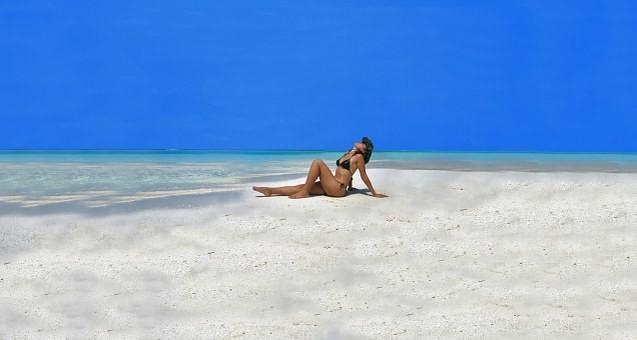 Hot #Girls in #Bikini #Models - Image 49