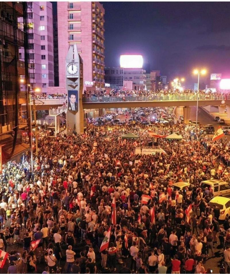 صور من مظاهرات #لبنان #لبنان_ينتفض - صورة 35