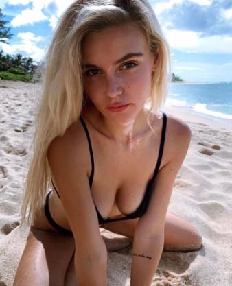 Blonde #Hot #Girls #Bikini - Image 24