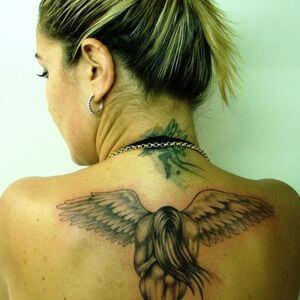 تصاميم #وشوم #وشم #Tattoos على صور ملائكة #فن #ماكياج #بنات - صورة 73