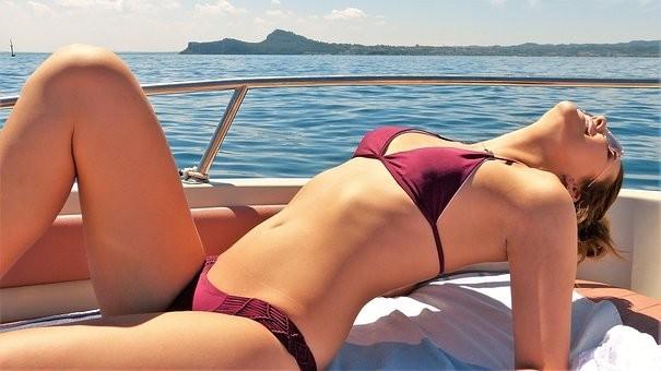 Hot #Girls in #Bikini #Models - Image 89