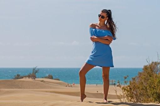 Hot #Girls in #Bikini #Models - Image 26