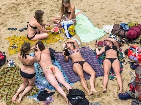 Hot #Girls in #Bikini #Models - Image 44
