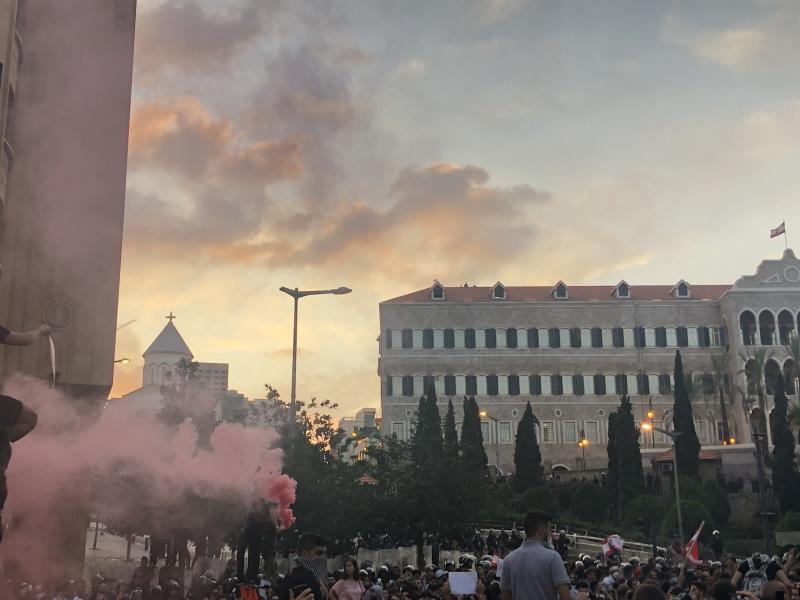 صور من مظاهرات #لبنان #لبنان_ينتفض - صورة 9
