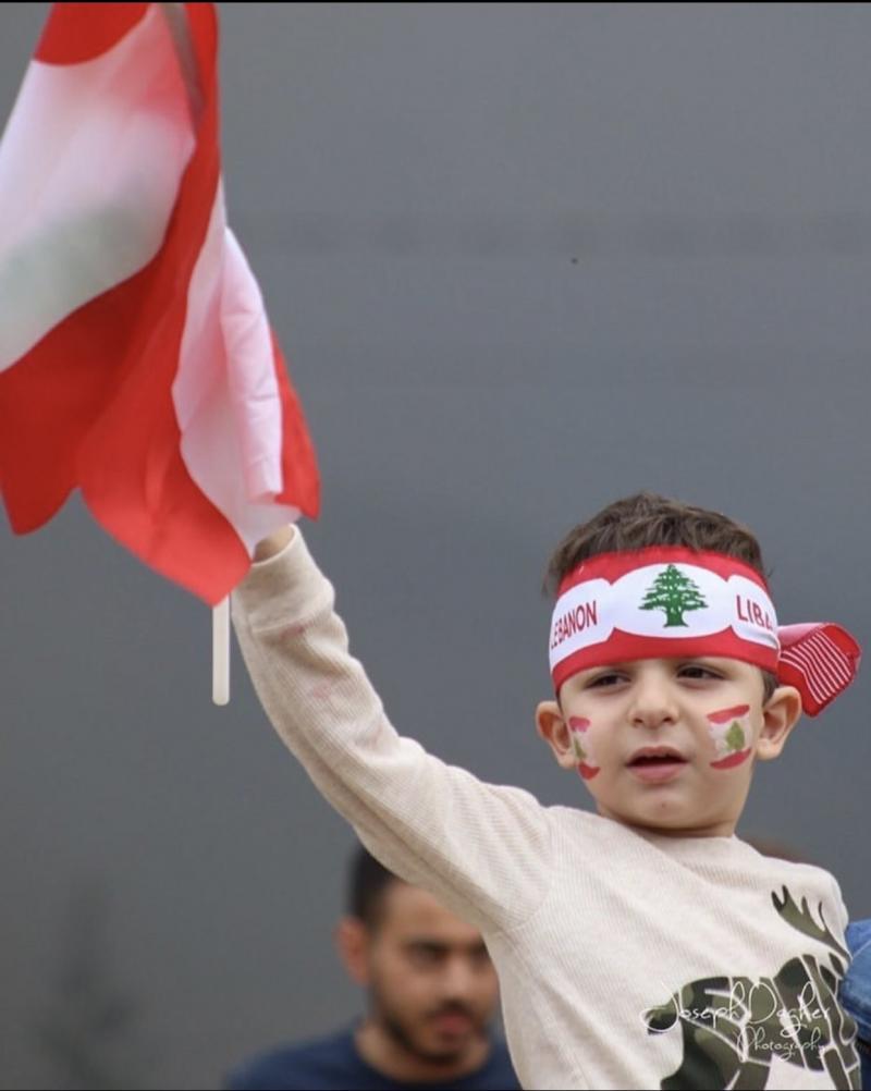 صور من مظاهرات #لبنان #لبنان_ينتفض - صورة 16
