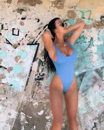 #بنات بملابس سباحة #بيكيني #Bikini - صورة 31