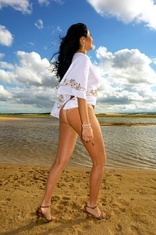Hot #Girls in #Bikini #Models - Image 54