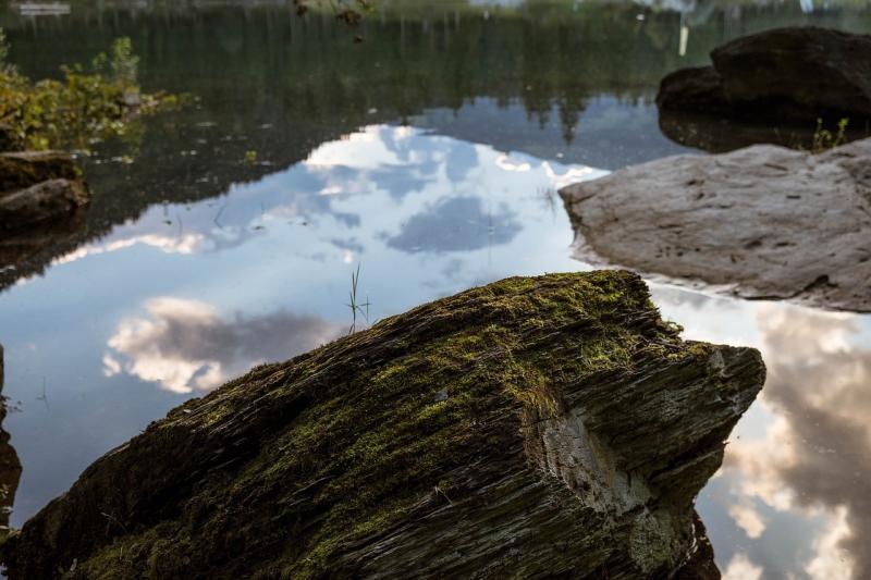 صور تحتوي #حجر #بحيرة #Cumse #سويسرا #جريسنس