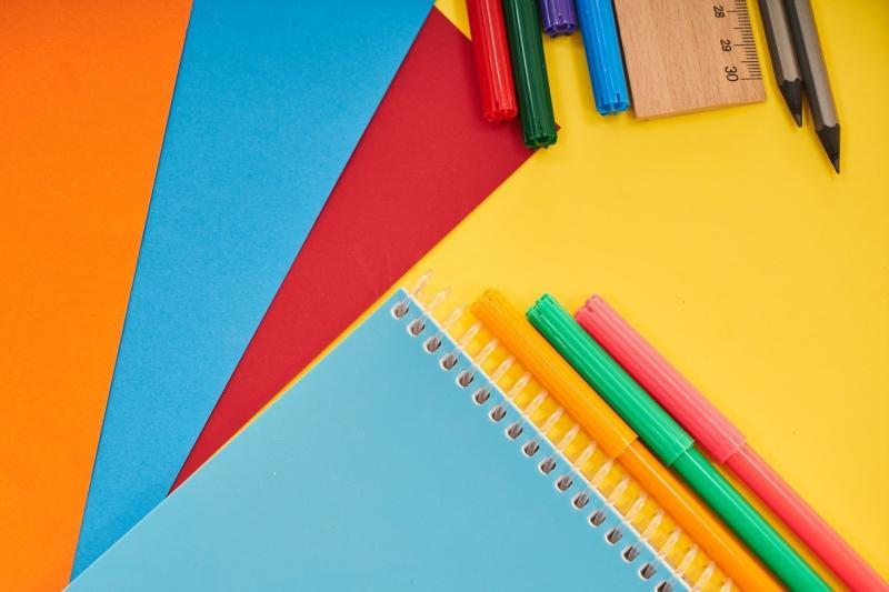 صور تحتوي #العمل #صفحة #التعليم #عمل #رسم #قلم_جاف #لوحة