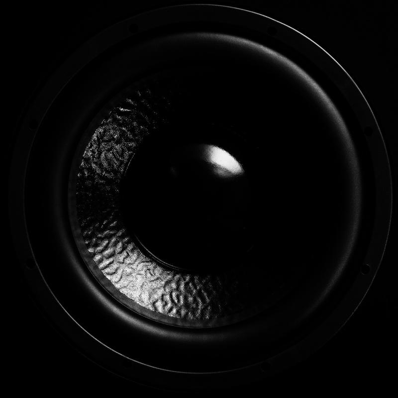 صور لـ #صوت_عميق #غشاء #مكبرات_الصوت #مضخم_صوت #سمعي #موسيقى