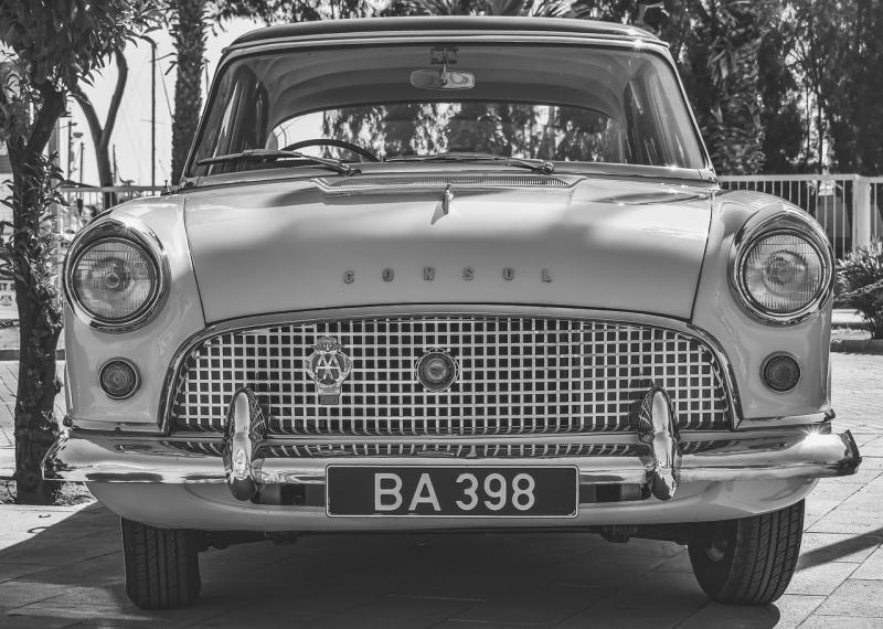صور تحتوي #كلاسيكي #ريترو #معقل #عتيق #سيارة #قديم