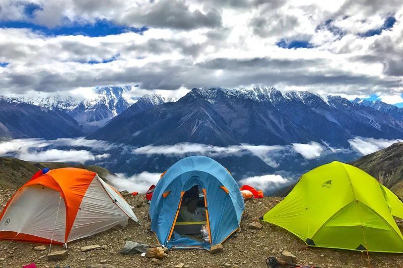 صور لـ #متسلق_الجبال #غيم #سيرا_على_الاقدام