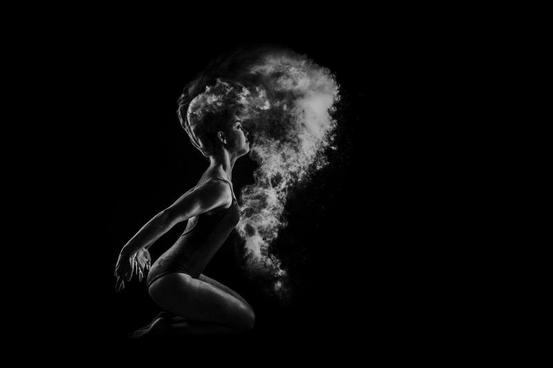 صور تحتوي #بالغ #الجسم #فتاة #اقتراح #نموذج #شخص #داكن #فن