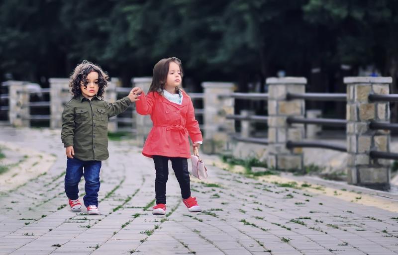 صور لـ #أخوة #الأطفال #أخت #حب #شقيق #سويا