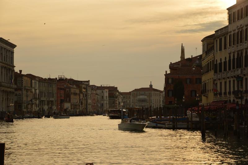 صور لـ #مدينة_البندقية #ماء #كانال_غراندي #غروب_الشمس #إيطاليا