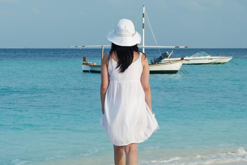 صور لـ #محيط #يوم #جزيرة #بحر #قارب #جزر_المالديف #جميلة