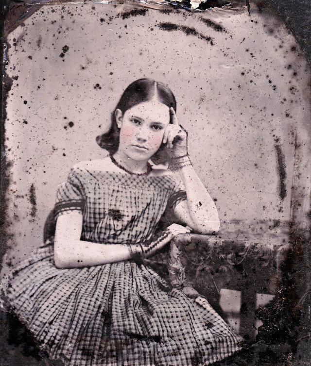 صور فتيات من القرن الثامن عشر #تاريخ - 41