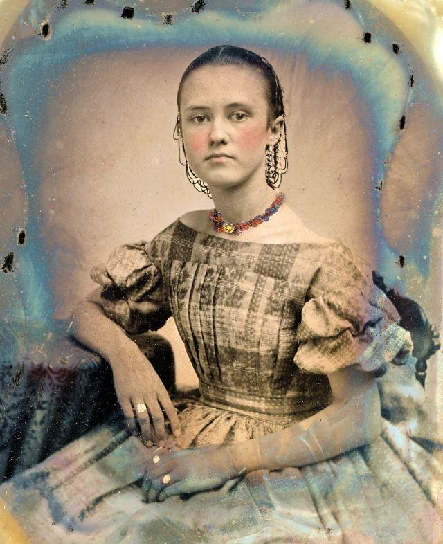صور فتيات من القرن الثامن عشر #تاريخ - 42