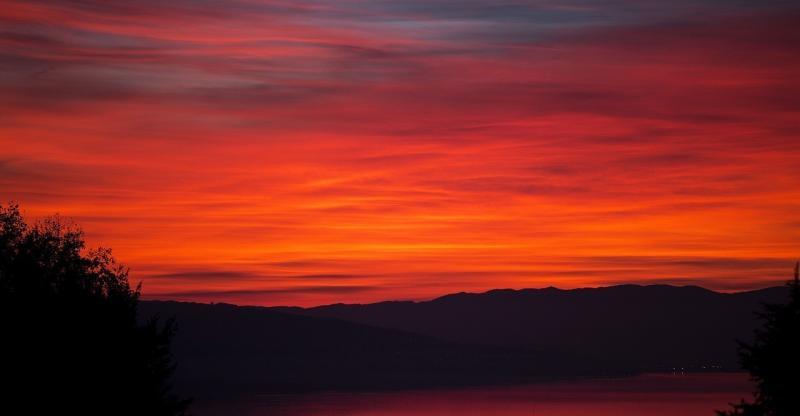 صور لـ #غروب_الشمس #التلال #طبيعة #خيال #المناظر_الطبيعيه #سماء