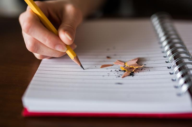 Fay3 صور لـ قلم مدرسة دفتر كتابة