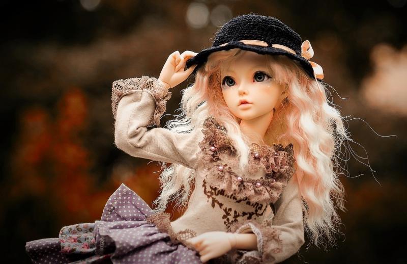 صور لـ #دمية #شعر #لديها #الشتاء