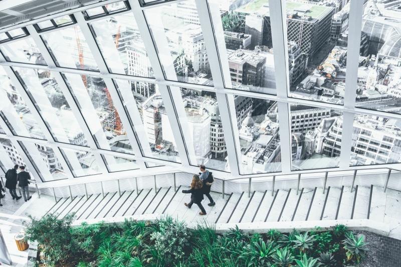 صور تحتوي #منظر_النافذة #نافذة_او_شباك #سلم #هندسة_معمارية #التصميم
