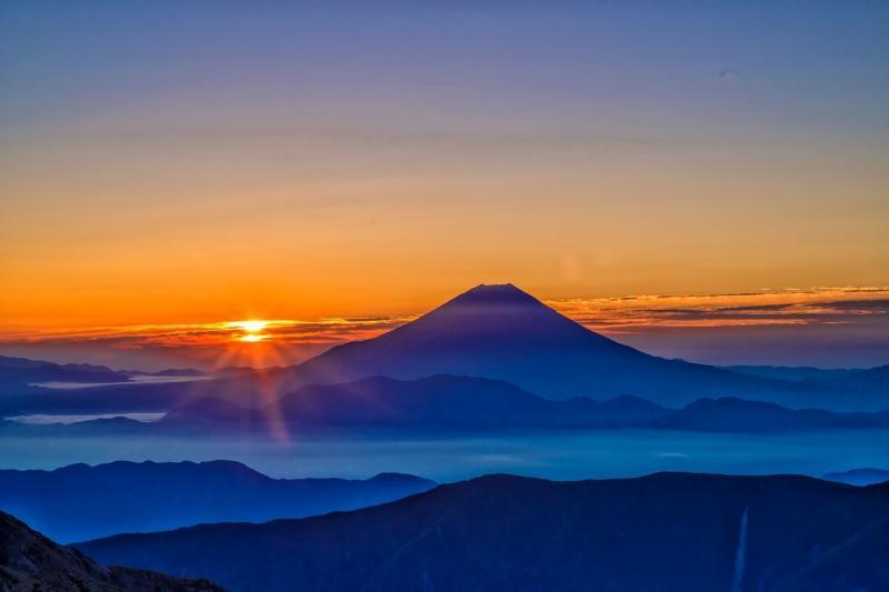 صور تحتوي #شروق_الشمس #جبل_فوجي