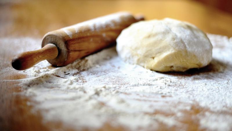 صور تحتوي #خبز #كيك #تجهيز #عجينة