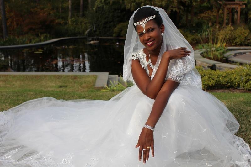 صور لـ #سويا #اشخاص #زوجة #النساء #سعيدة #عروس #حفل_زواج