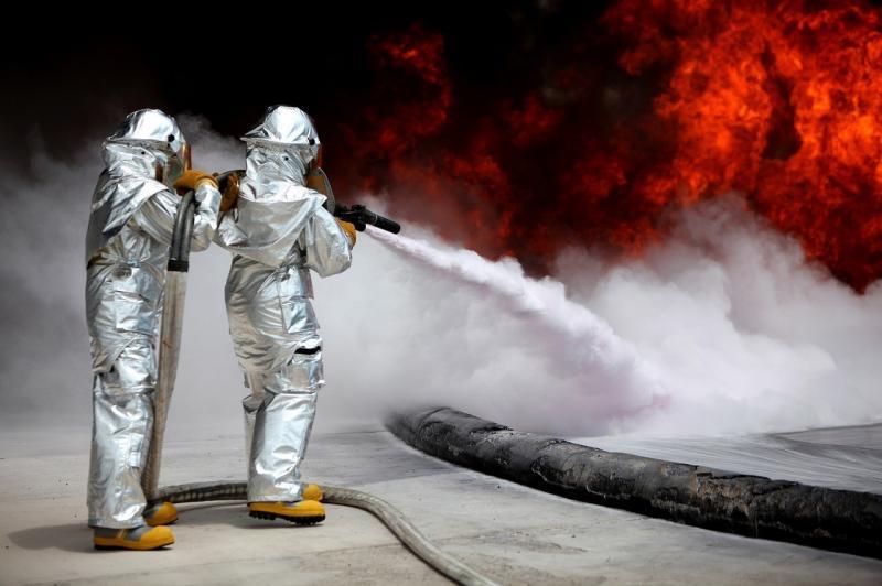 صور لـ #حي #خاضع_للسيطرة #رجال_الاطفاء #تدريب #نار
