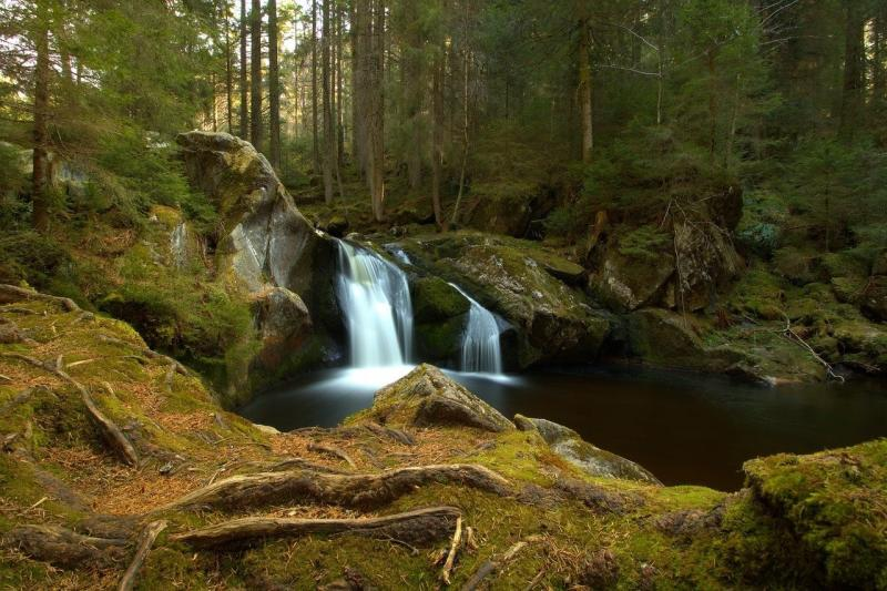 صور لـ #شلال #المناظر_الطبيعيه #ماء #نهر #طبيعة #الشلالات