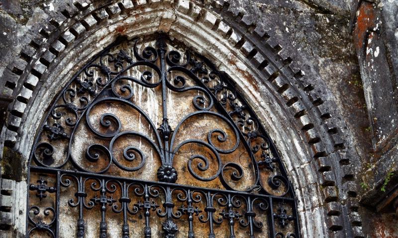 صور تحتوي #دين #كنيسة #إيمان #كاتدرائية #الخارج
