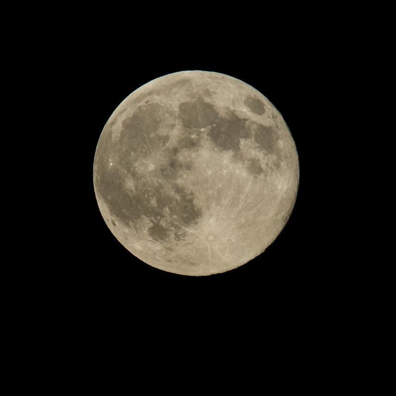 صور لـ #جديد #الفراغ #القمر #ممتلئ #قمر_عملاق