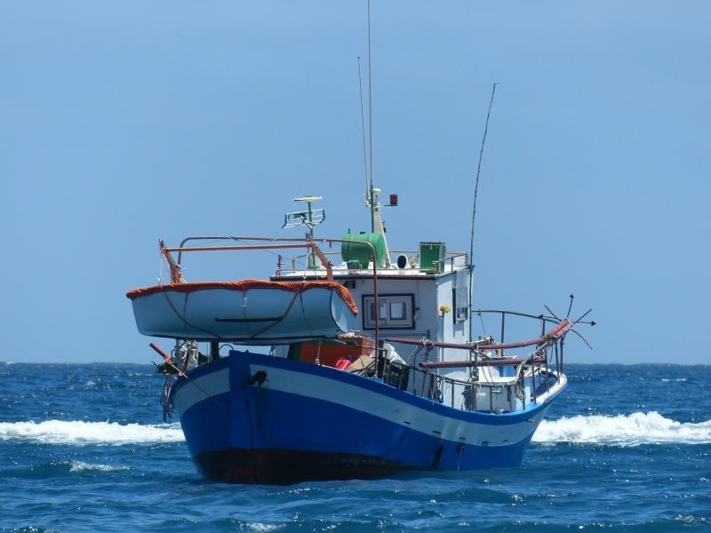 صور لـ #مصايد_الأسماك #محيط #بحر #قارب #سفينة
