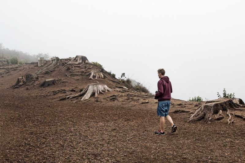 صور تحتوي #قمة #قمة #سماء #إزالة_الغابات #قمة_جبل #جبل