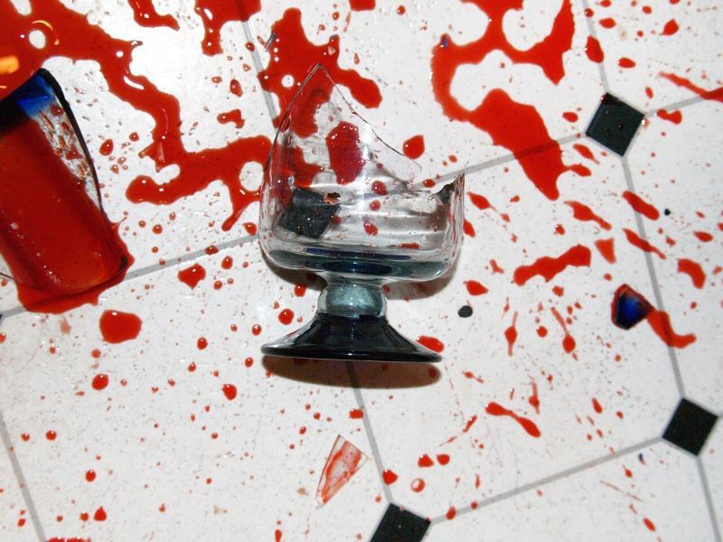صور لـ #حادث #لعبة #زجاج #التالفة #يصطدم #كسر