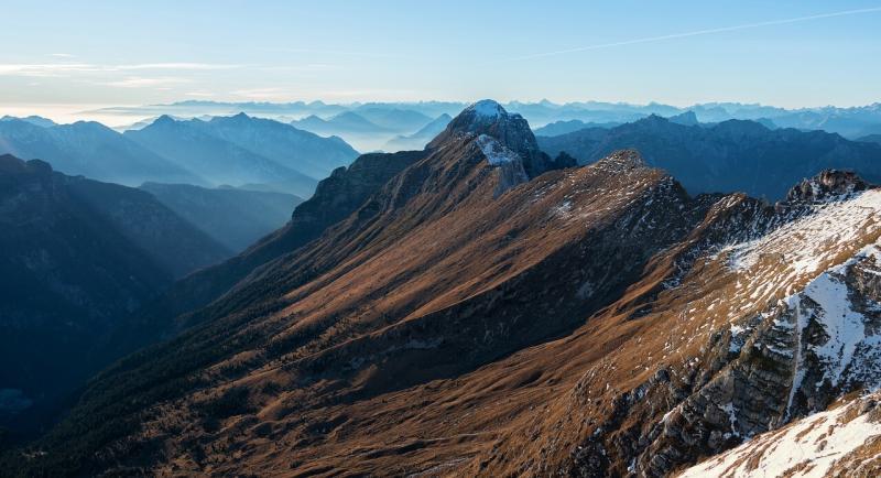 صور لـ #قمة #هضبة #قمة #قمة_جبل #الوادي #جبل