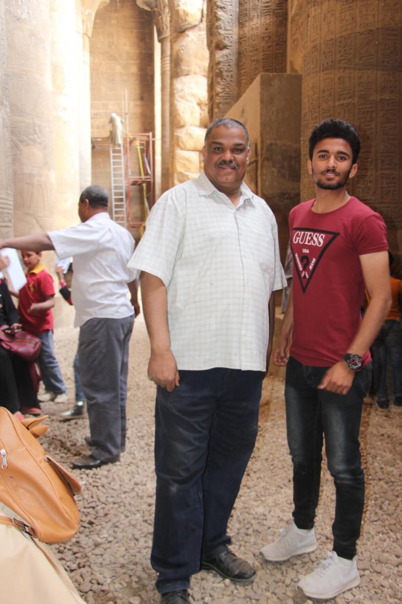 مع احمد محمود