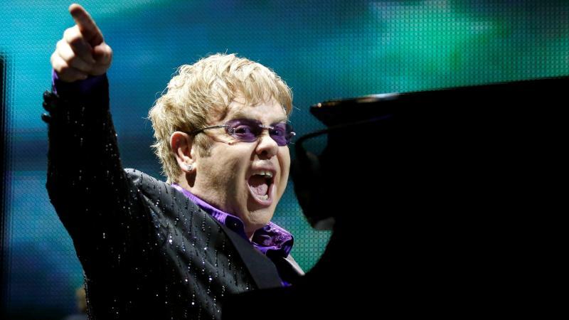 المطرب #Elton_John #إلتون_جون #مشاهير - 42